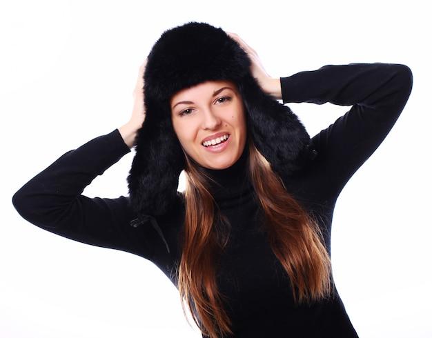 Piękna kobieta w kapeluszu