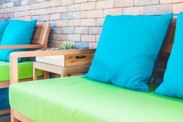 Piękna luksusowa sofa