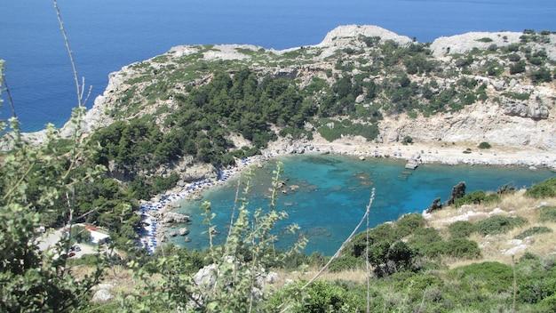Piękna navagio plaża z shipwreck na zakynthos wyspie w grecja
