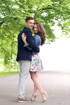 Piękna para w parku