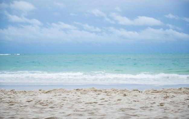 Piękna plaża i morze na koh samet, tajlandia