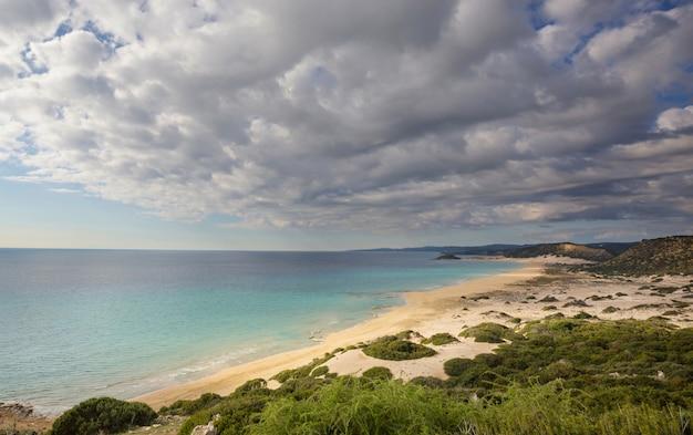 Piękna plaża na cyprze północnym