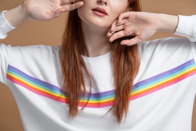 Piękna ruda kobieta lesbijka