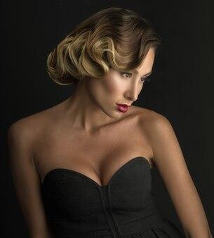 Piękna seksowna kobieta włosy. model piękna dziewczyna.