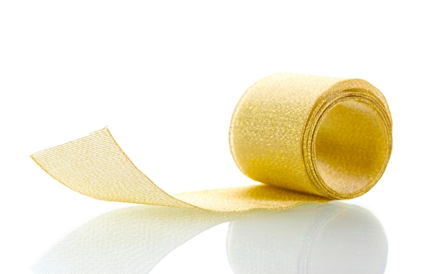 Piękna złota wstążka na białym tle