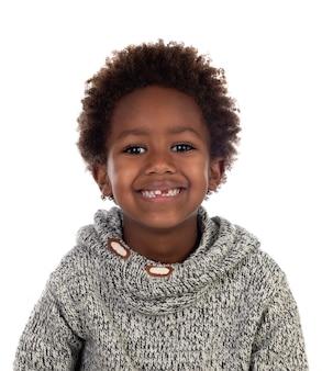 Piękne afro-amerykańskie dziecko bez zębów