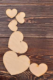 Piękne drewniane serca i miejsce na kopię.