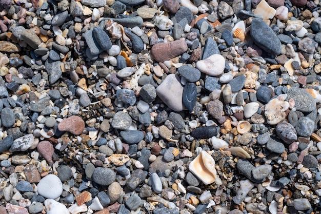 Piękne kamienie na plaży w maladze, hiszpania
