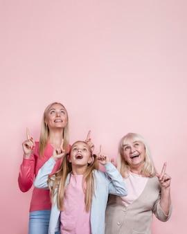 Piękne kobiety generacji i kopiować miejsca