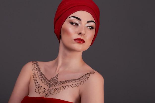 Piękne kobiety sexy arabski turecki orientalny profesjonalista. styl arabski