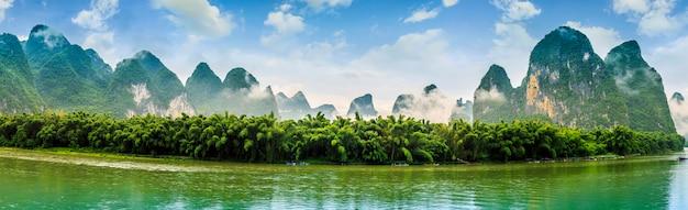 Piękne krajobrazy szczyt zielony skyline china