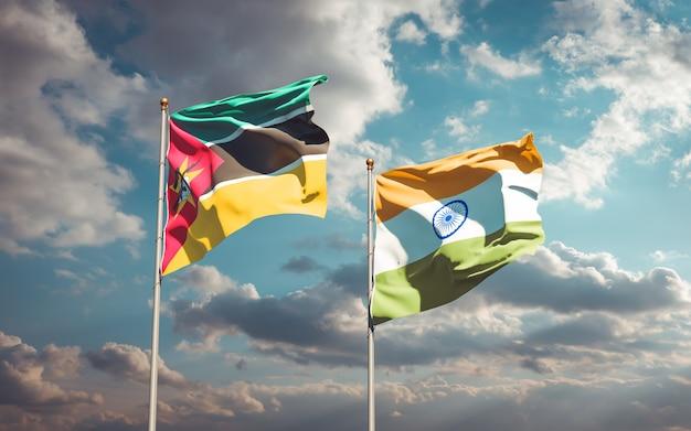 Piękne narodowe flagi państwowe mozambiku i indii razem