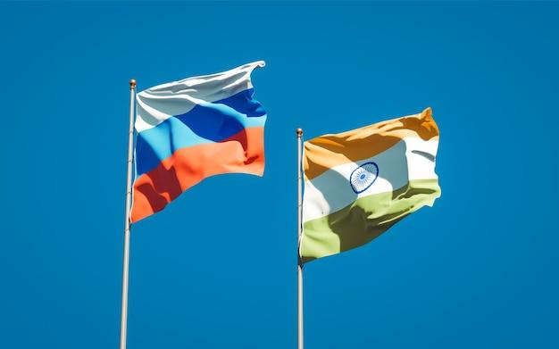 Piękne narodowe flagi państwowe rosji i indii razem