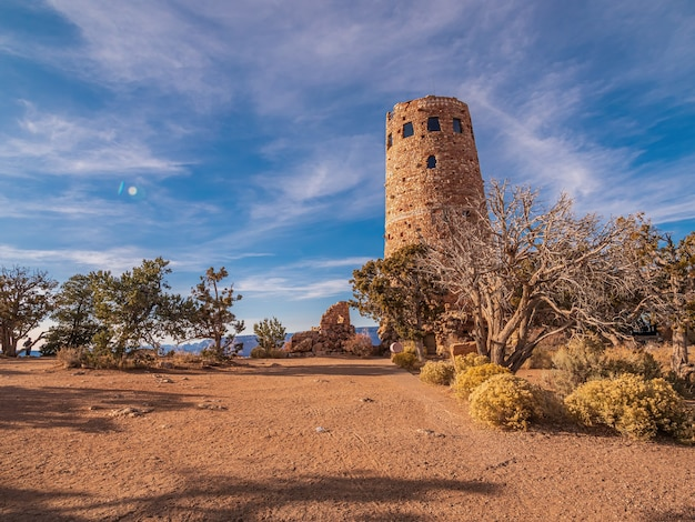 Piękne ujęcie wieży strażniczej w parku narodowym wielkiego kanionu w usa