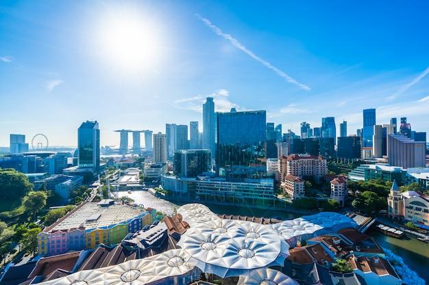 Pięknej architektury budynku zewnętrzny pejzaż miejski w singapur miasta linii horyzontu