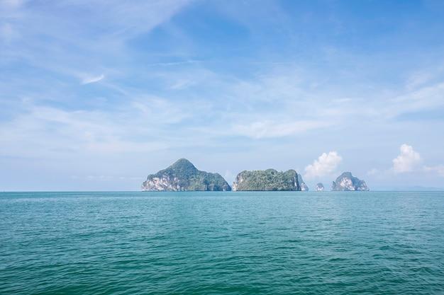 Piękno krajobraz w wakacje letni denny krabi, tajlandia