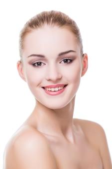 Piękno Portret. Piękna Kobieta Kurort Dotyka Jej Twarzy. Doskonała świeża Skóra. Model Piękna Dziewczyna. Darmowe Zdjęcia