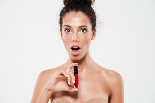 Piękno portret podekscytowana brunetka kobieta