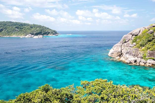Piękno, tropikalna plaża, wyspy similan, morze andamańskie, tajlandia