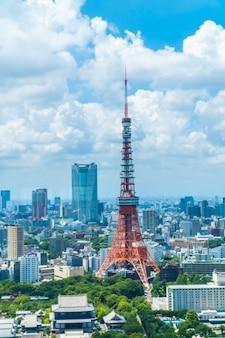 Piękny architektura budynek w tokyo miasta linii horyzontu