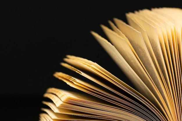 Piękny asortyment różnych książek