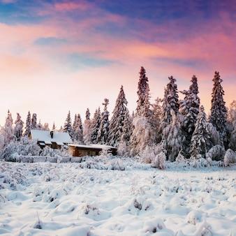 Piękny drewniany dom