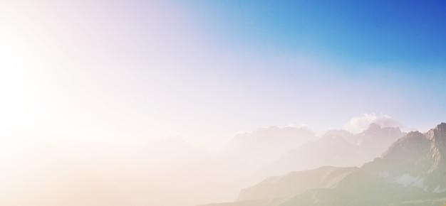 Piękny krajobraz gór fanns, tadżykistan