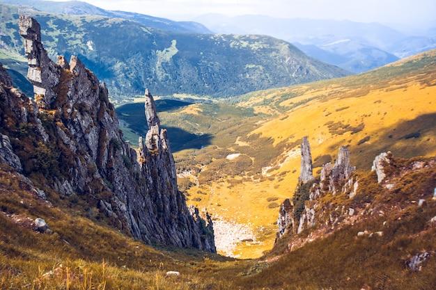 Piękny krajobraz gór