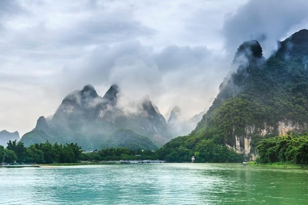 Piękny krajobraz guilin, guangxi