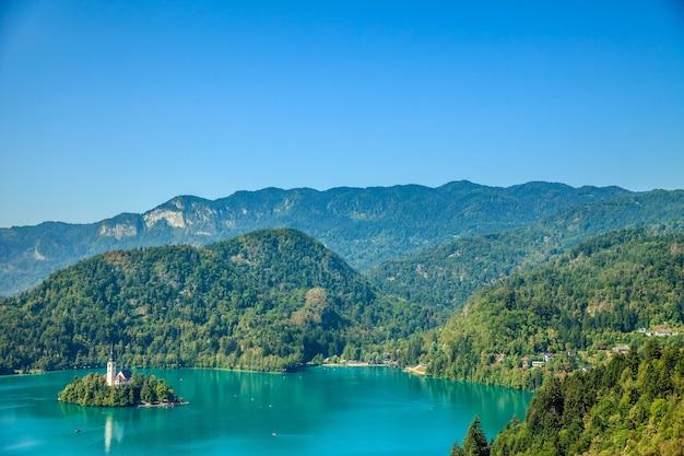 Piękny krajobraz i wspaniała wyspa