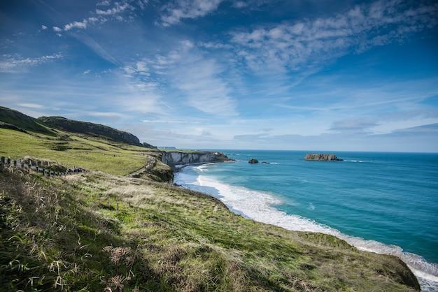 Piękny krajobraz w irlandii północnej