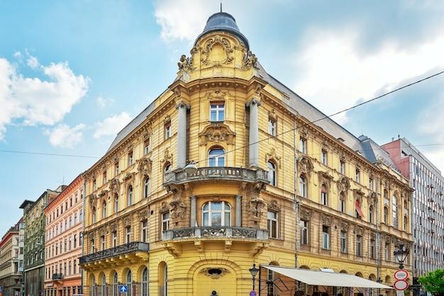 Piękny krajobraz widok miejski, ulice miasta, architektura budapesztu, stolicy węgier.
