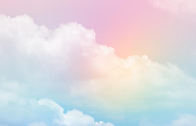 Piękny krajobraz z chmurami