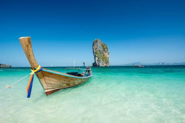 Piękny krajobrazowy phuket, krabi, tajlandia