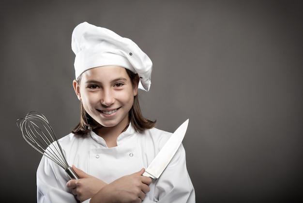 Piękny młody szef kuchni