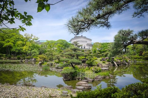 Piękny ogród japoński