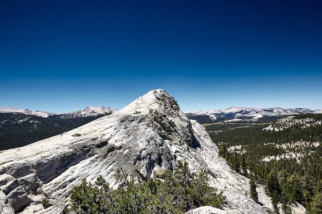 Piękny park narodowy yosemite w kalifornii, usa