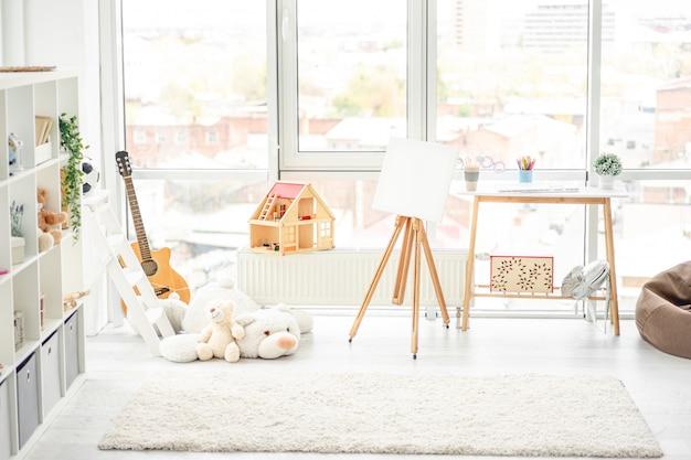Piękny, przytulny i jasny pokój dziecięcy