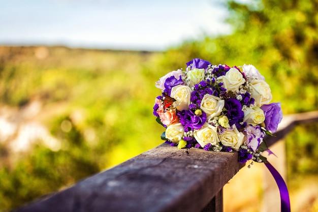 Piękny ślubny bukiet ślubny z bliska