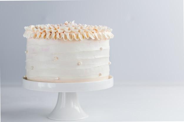 Piękny tort urodzinowy