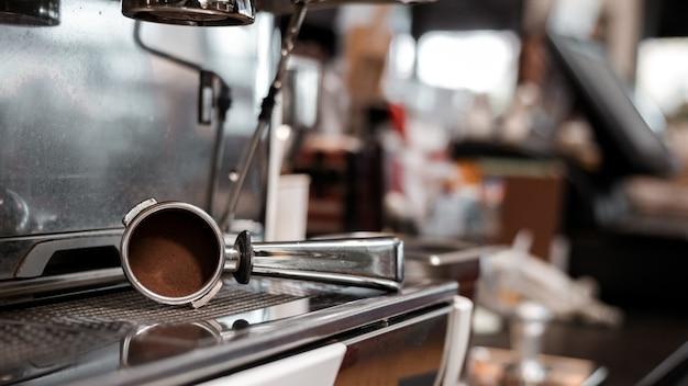 Piękny ubijak do ekspresu do kawy