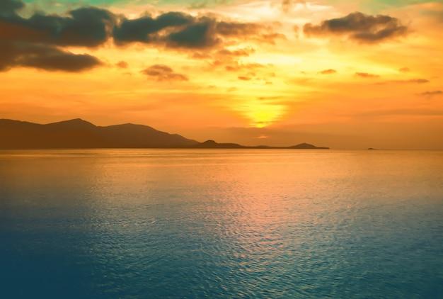 Piękny zachód słońca na wyspie koh samui,