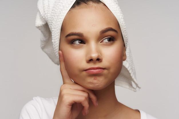 Pielęgnacja skóry portret dziewczyny