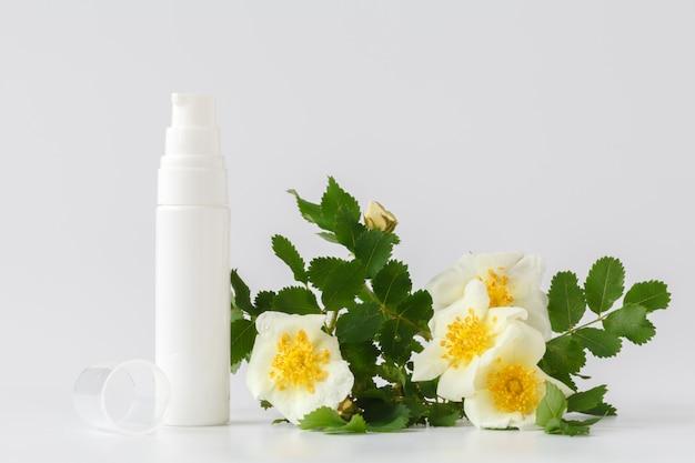 Pielęgnacja skóry z różą