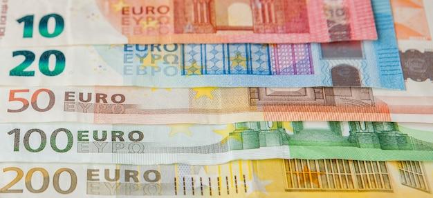 Pieniądze euro. tło w gotówce euro