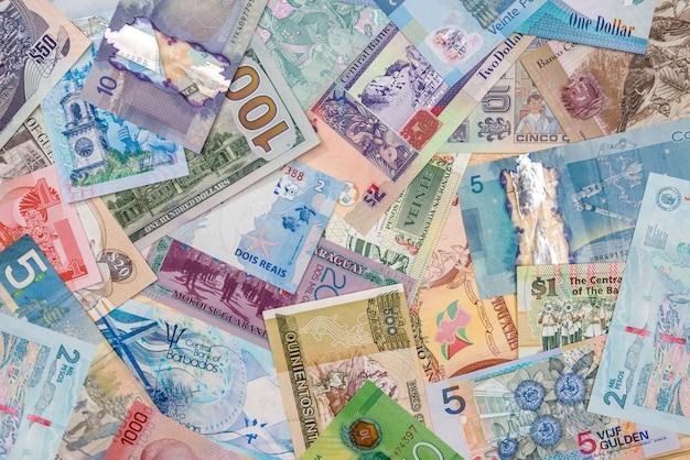 Pieniądze w różnych krajach ameryki.