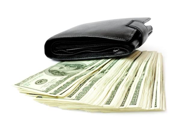 Pieniądze z portfela na białym tle na białym tle