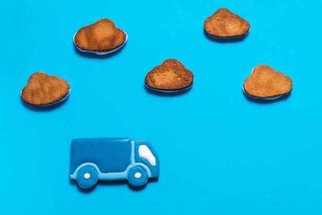 Pierniki w kształcie ciężarówki