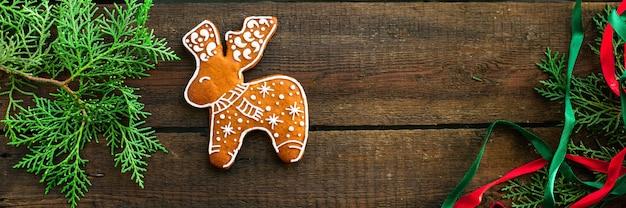 Piernikowe ciasteczko prezent na nowy rok boże narodzenie
