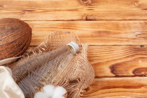 Pij wodę kokosową